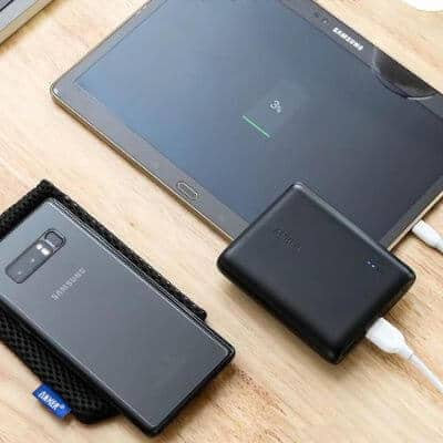 Anker Powerbank on table