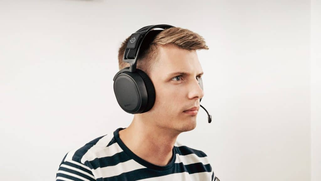 Best headset for Warzone